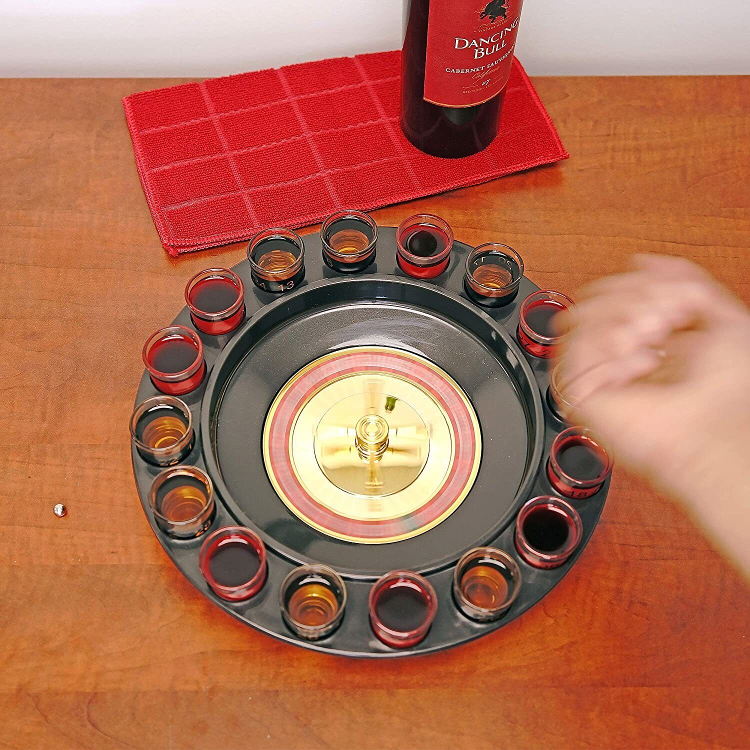 Drinking Roulette incl. 16 shot glasses 4);