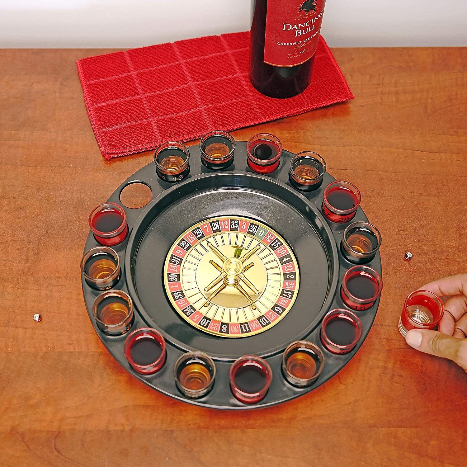 Drinking Roulette incl. 16 shot glasses 6);