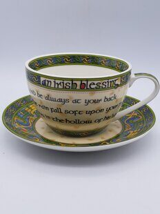 C500 Очень красивая чайная пара Irish Weave Bone China Cup & Saucer Set With Irish Blessing Design ЕВ07C500 Royal Tara, Ирландия