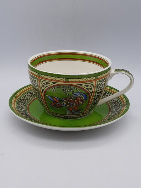 C499 Очень красивая чайная пара Irish Weave Bone China Cup & Saucer Set With Celtic Peacock Design ЕВ07C499 Royal Tara, Ирландия